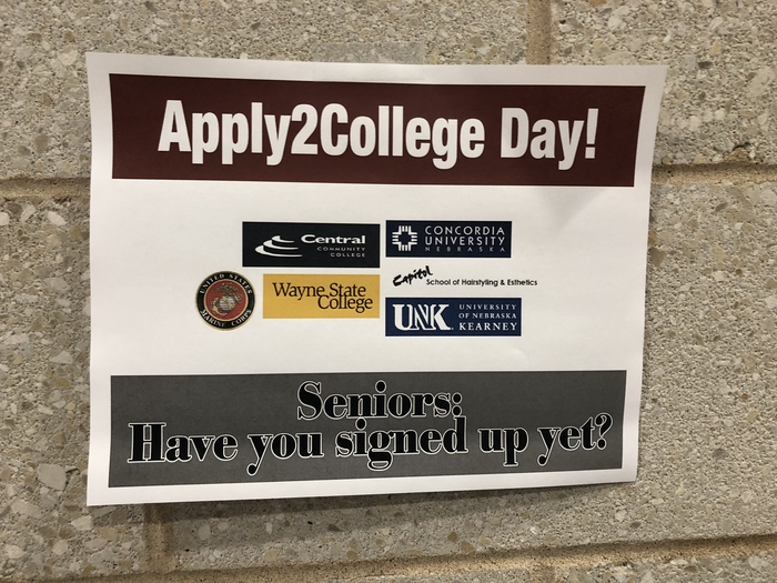 Apply 2 College signage