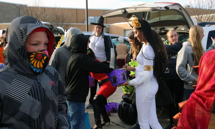 FBLA handing out candy